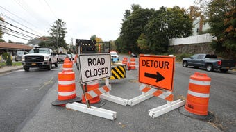 Work along North Broadway in North White Plains, leads to detours.