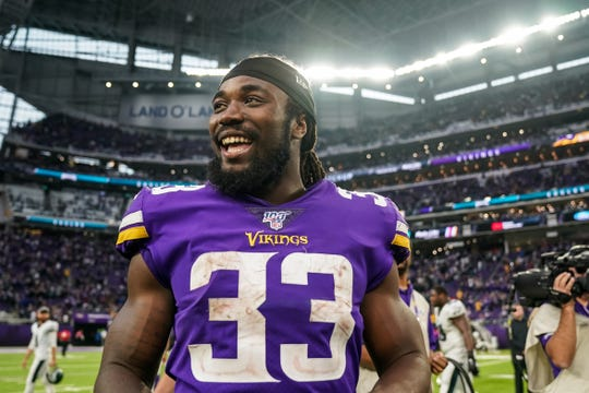 With Christian McCaffrey on bye, the Vikings' Dalvin Cook is fantasy's top-ranked PPR running back playing in Week 7.