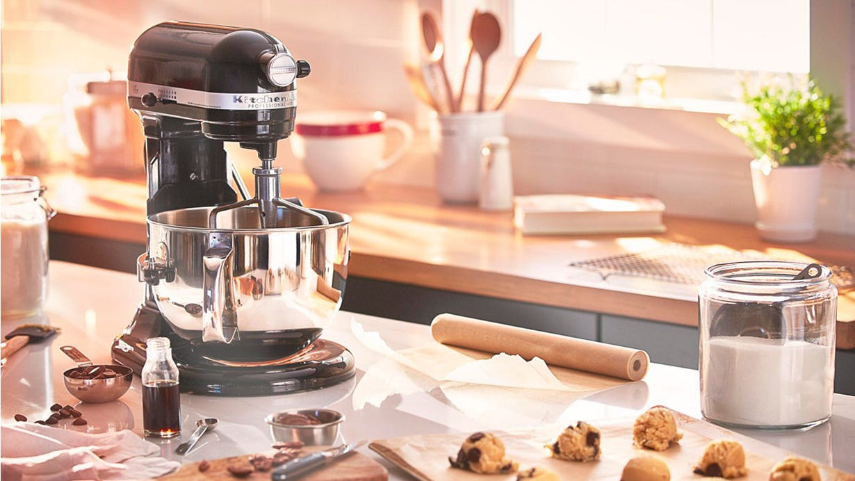The 6 Quart Kitchenaid Stand Mixer Just Dropped In Price On
