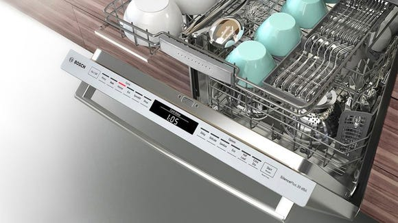 Our pick for the best dishwasher—the Bosch 800 Series SHPM98W75N (2017)