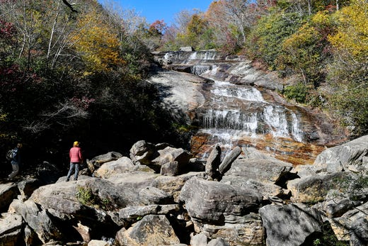 Has fall finally arrived in WNC? Here's where to drive, hike, and see fall leaves