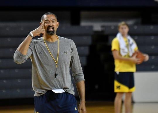 Michigan basketball coach Juwan Howard