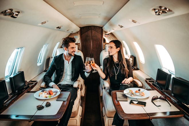 A private jet flight is one of the most valuable ways to travel — learn the most valuable way to book that experience the sky.