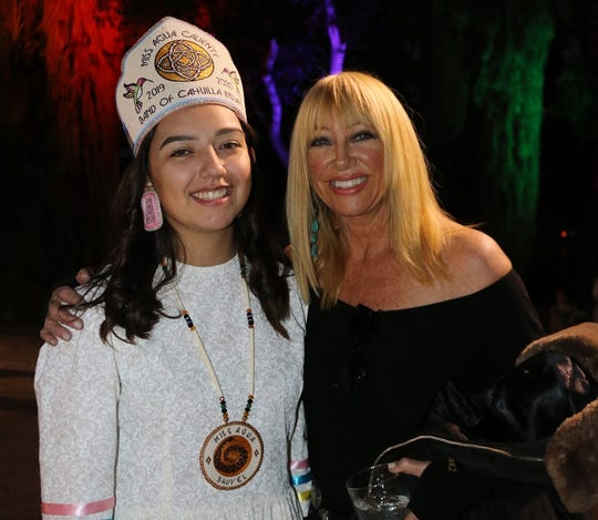 Destiny Saubel, Miss Agua Caliente 2019/2020, enjoys a moment with Suzanne Somers.