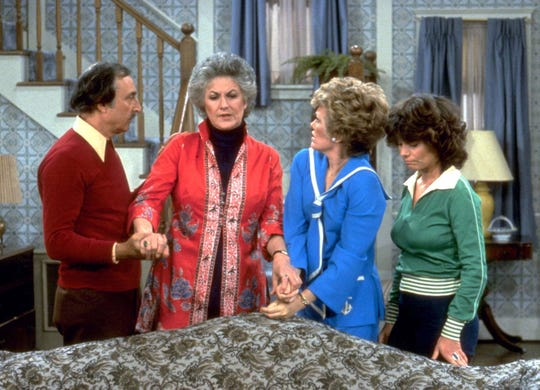 """The cast of """"Maude"""" gathers in a scene from the popular comedy series: Bill Macy (from left), Beatrice Arthur, Rue McClanahan and Adrienne Barbeau."""