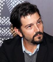 Diego Luna, de los primeros en expresar su opinión por lo hechos violentos en Culiacán.