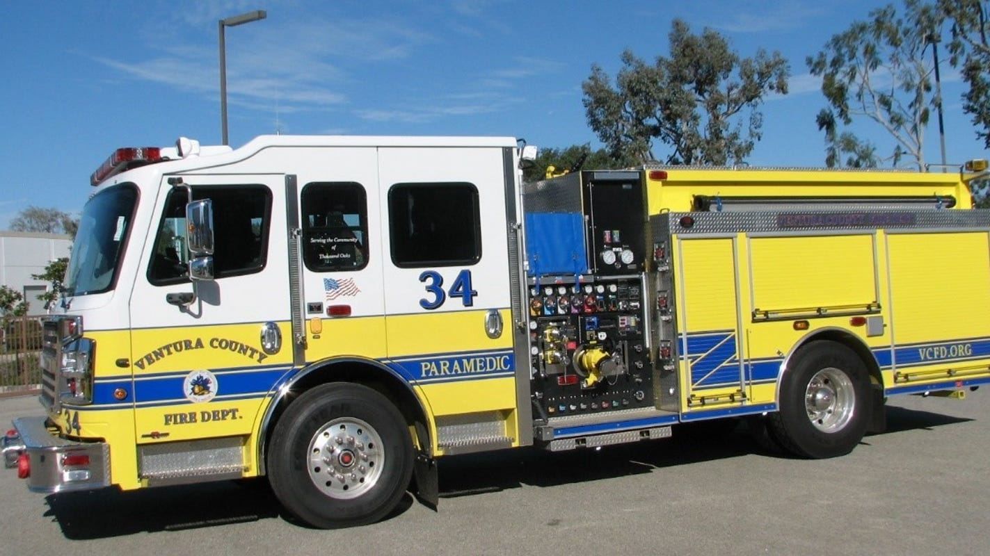 Fire engine involved in crash on Highway 118 in Simi Valley