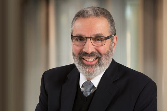 Dr. Sheldon Feldman is Chief of Breast Surgical Oncology and Director of Breast Cancer Services at Montefiore. Dr. Feldman is also a professor of surgery at Albert Einstein College of Medicine.