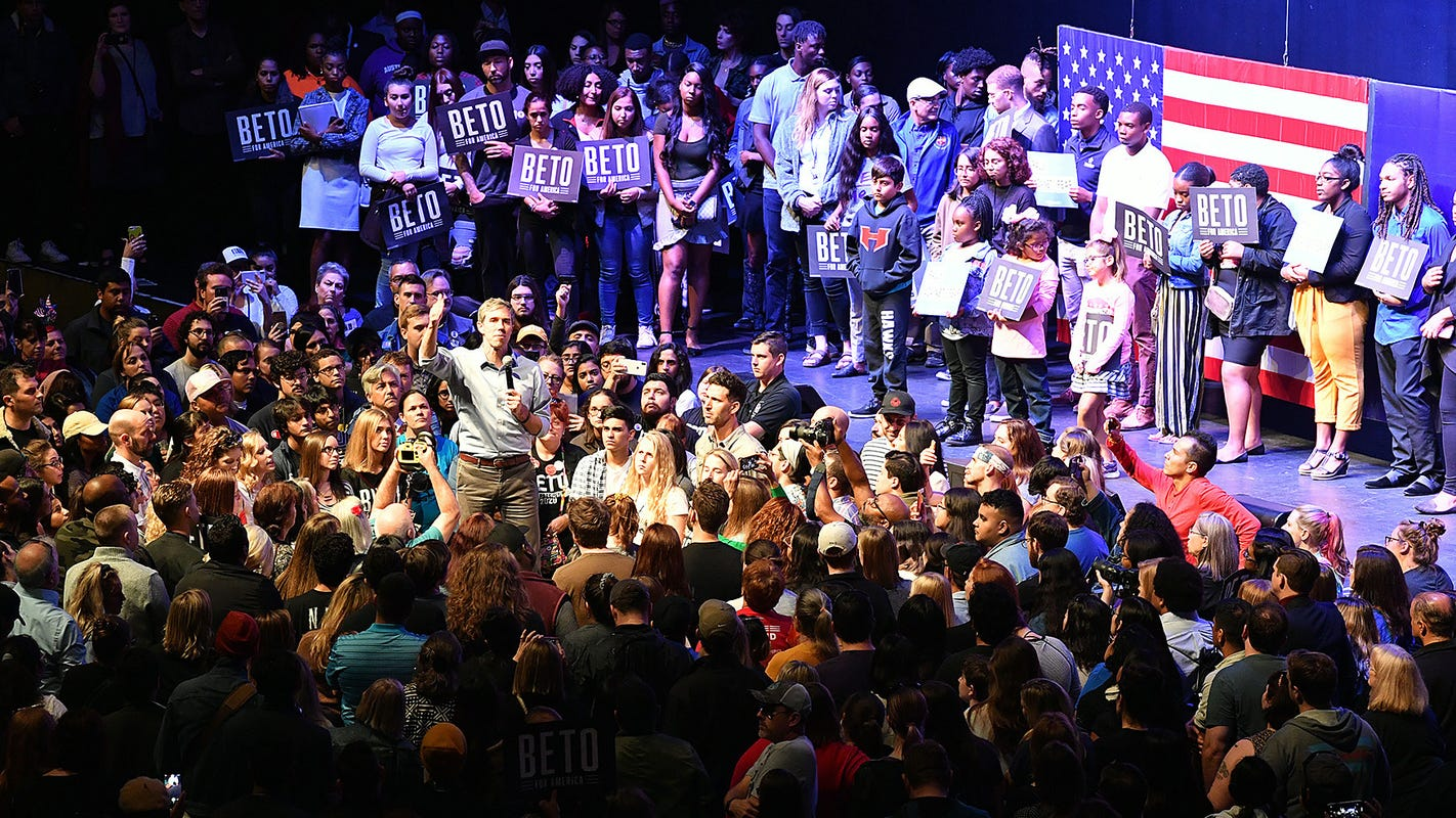 Key takeaways from Beto O'Rourke's Dallas counter-rally during Trump rally