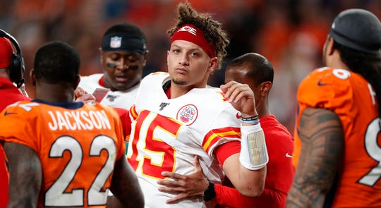 Westlake Legal Group 70ae8ac6-5a35-4a29-b466-ff970deab129-AP_Chiefs_Broncos_Football Opinion: If Chiefs lose Patrick Mahomes, go ahead and put Patriots back in Super Bowl
