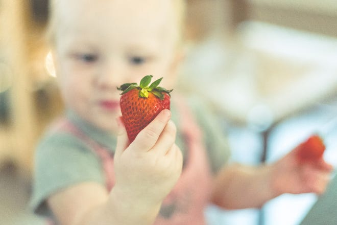 A report released Thursday found that 95% of baby foods contain heavy metals. Here's what parents can do to reduce their children's consumption.