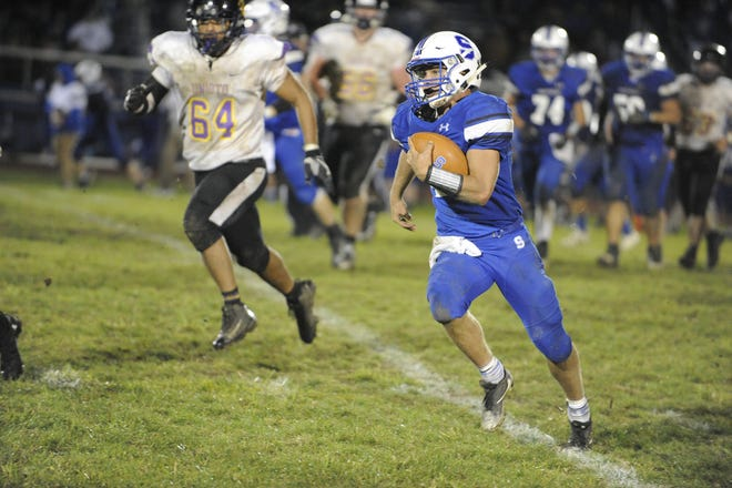 Southeastern football's Lane Ruby runs the ball during a 28-21 win over Unioto at Southeastern High School on Friday, Oct. 18, 2019 in Chillicothe Ohio.
