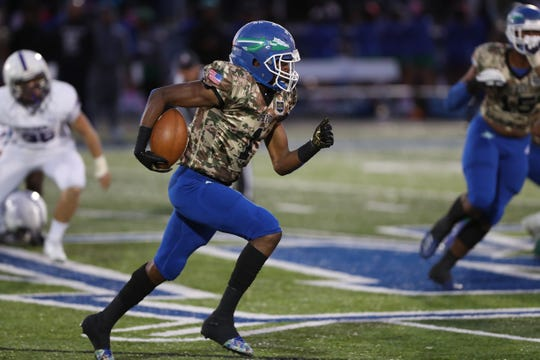 Winton Woods Warriors wide receiver Demeer Blankumsee (1) carries the ball during the game against the Elder Panthers  and the Winton Woods Warriors on October 18th 2019, at Winton Woods High School.