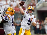 'Joey Buttcheeks': LSU fans react to Joe Burrow's bum unveiling against Mississippi State
