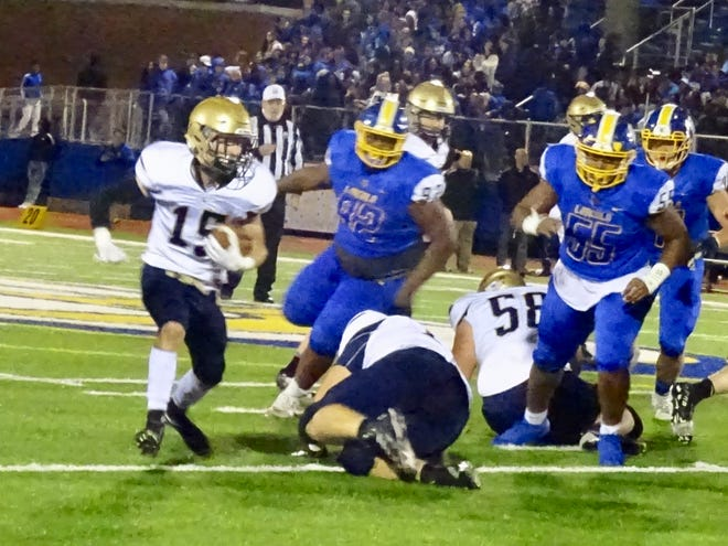 Lancaster's Max Hamilton runs the ball against Gahanna during the Golden Gales' 28-25 Ohio Capital Conference-Ohio Division loss Friday night.