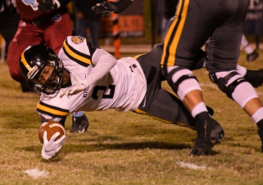"""Neville wide receiver Derryck Dorsey made five receptions for 141 yards and two touchdowns in a 34-7 win in """"The Pit"""" at Minden on Friday night. The Tigers moved to 5-2 overall and 2-0 in District 1-4A."""