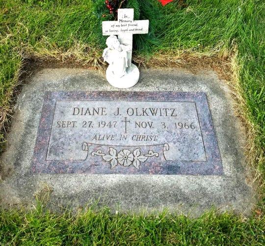 Diane Olkwitz's grave site in Menomonee Falls.