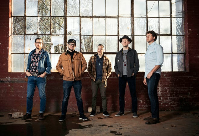 The Infamous Stringdusters will play Tanners Grill & Bar in Kimberly in 2020.