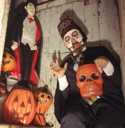 Dan Blakeslee, aka Doctor Gasp, brings his annual Halloween special to Burlington for two shows Oct. 22.