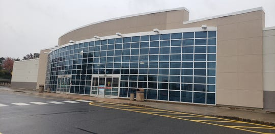 Burlington Stores will be moving into the former Toys R Us in the Somerville Circle Shopping Center.