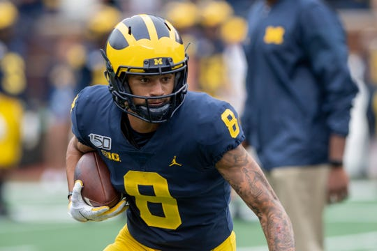 Michigan wide receiver Ronnie Bell leads the Wolverines in catches and receiving yards.