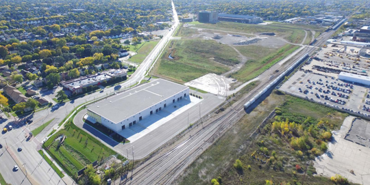 Strauss Brands LLC has dropped plans to relocate from Franklin to open space at the Century City Business Park on Milwaukee's north side.