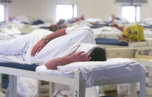Alabama prisoner dies, two guards on leave after 'use of force' incident