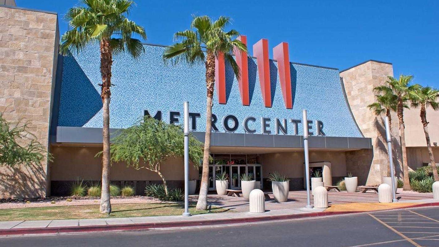 Phoenix S Metrocenter Mall Lands Trump