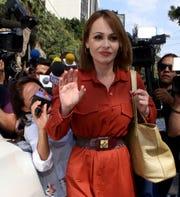 La actriz se dice afectada por supuestos malos comentarios de algunos miembros de la prensa.