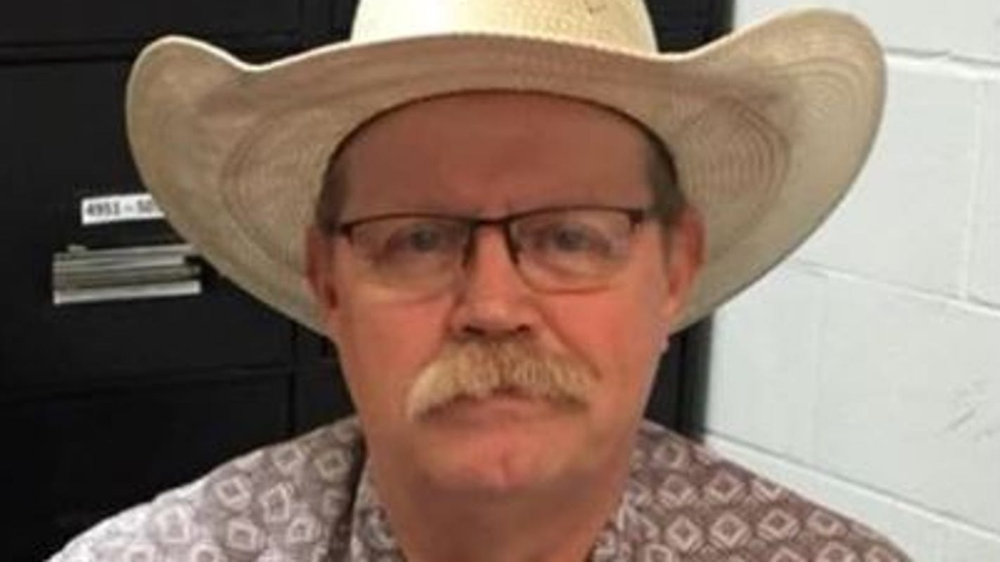 Texas sheriff says he will not participate in AR-15, AK-47 'confiscation'