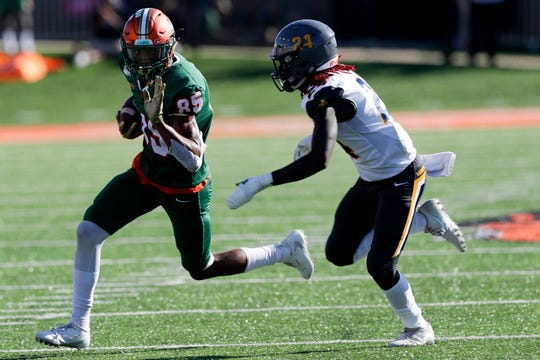 Florida A&M Rattlers wide receiver David Manigo (85) runs with the ball during a game between FAMU and North Carolina A&T at Bragg Memorial Stadium Sunday, Oct. 20, 2019.