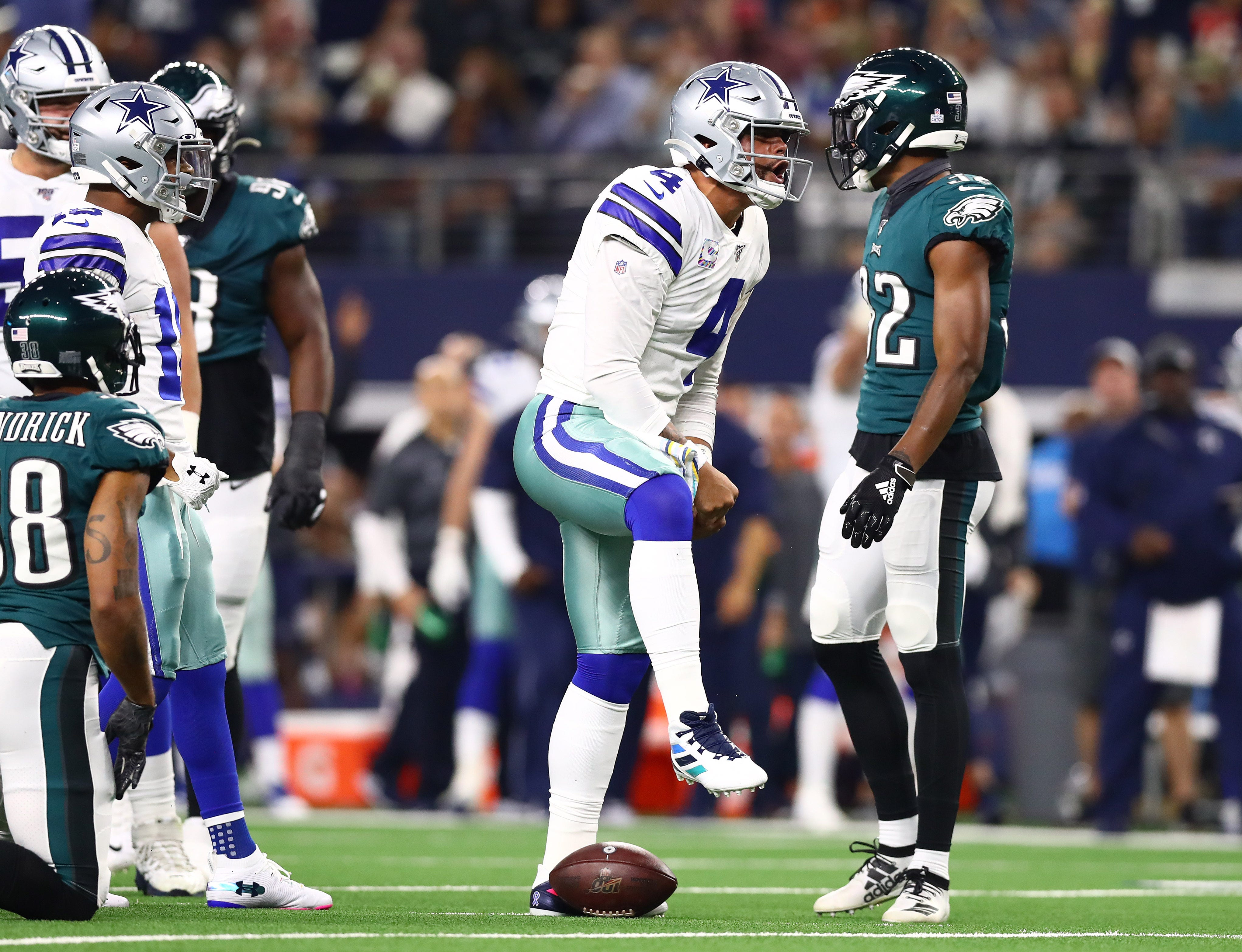 Cowboys pull out of tailspin, throttle Eagles for win