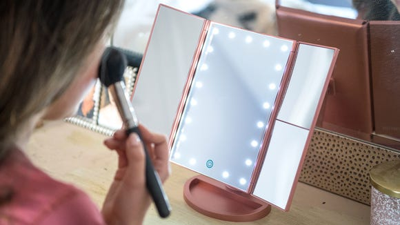 Best gifts for beauty 2019:  DeWeisn Tri-Fold Mirror