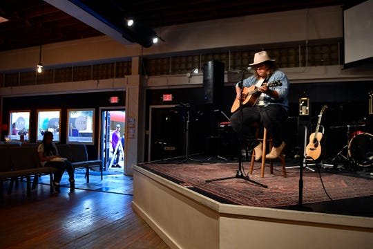 Duncan Welborn performs at The Well during ArtWalk on Oct. 10.
