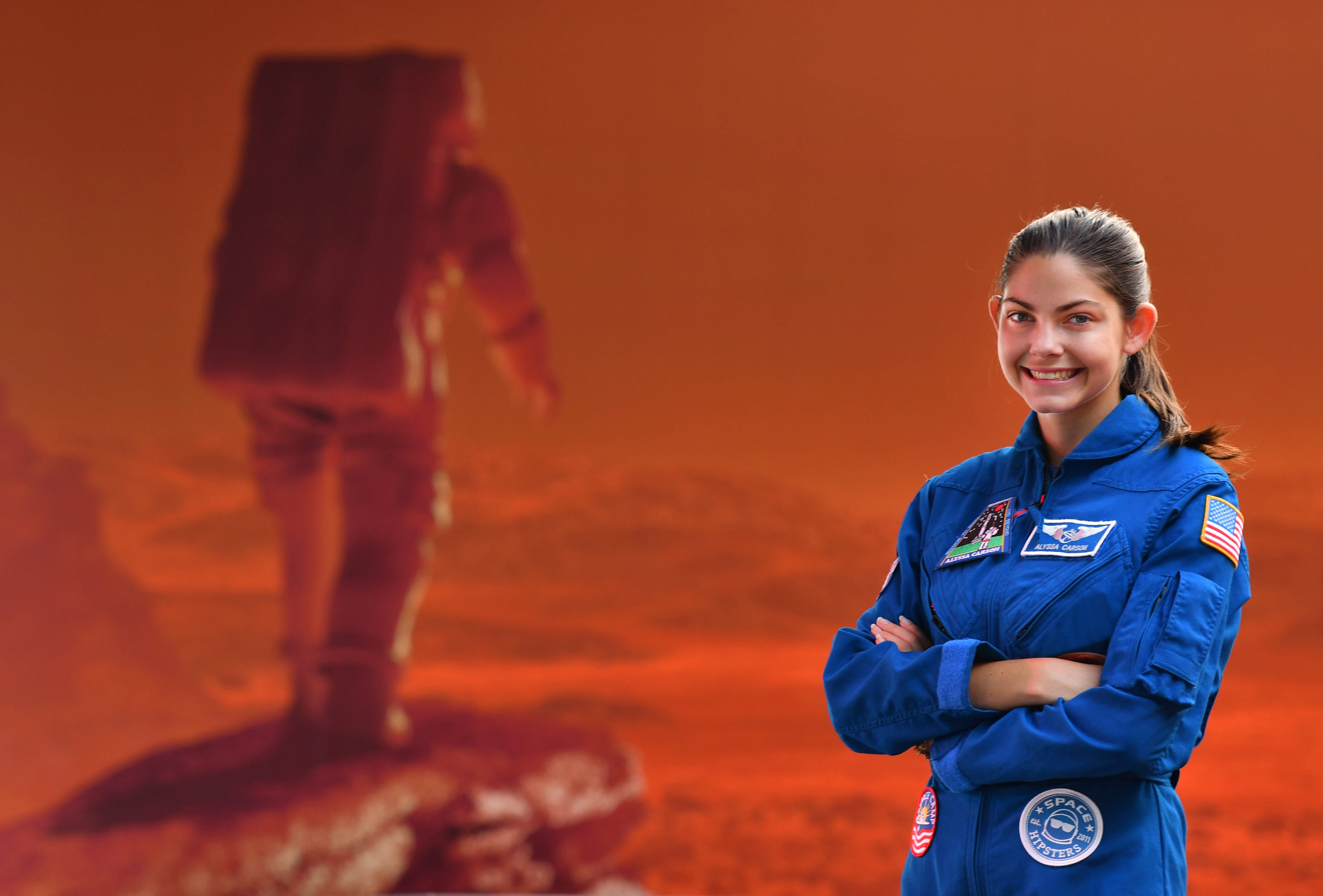 18-year-old with pilot's license is 'certified' for space. She wants to go to Mars