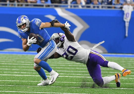 The Lions-Giants game will be shown on Fox at 1 p.m. Sunday.