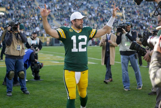 Green Bay Packers quarterback Aaron Rodgers flashed some receiving skills Sunday.