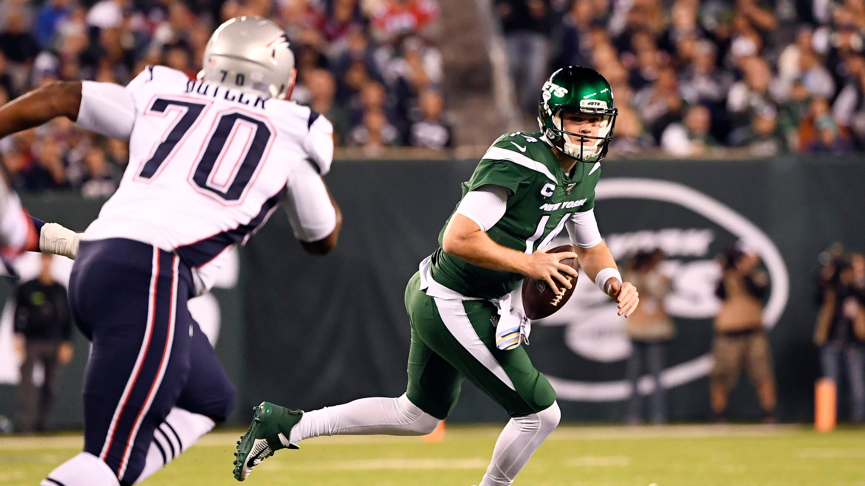 Ny Jets Sam Darnold Seeing Ghosts In First Half Vs Patriots