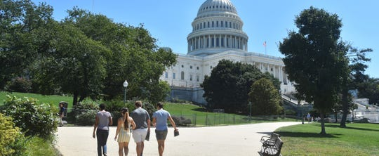 Students from the School for Ethics and Global Leadership in Washington D.C.  visit the Capitol