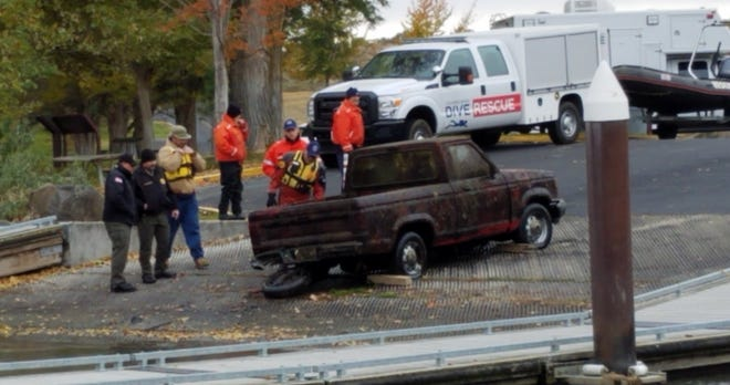A Ford Ranger pickup related to a missing persons case from 1993 was recovered from the Columbia River.