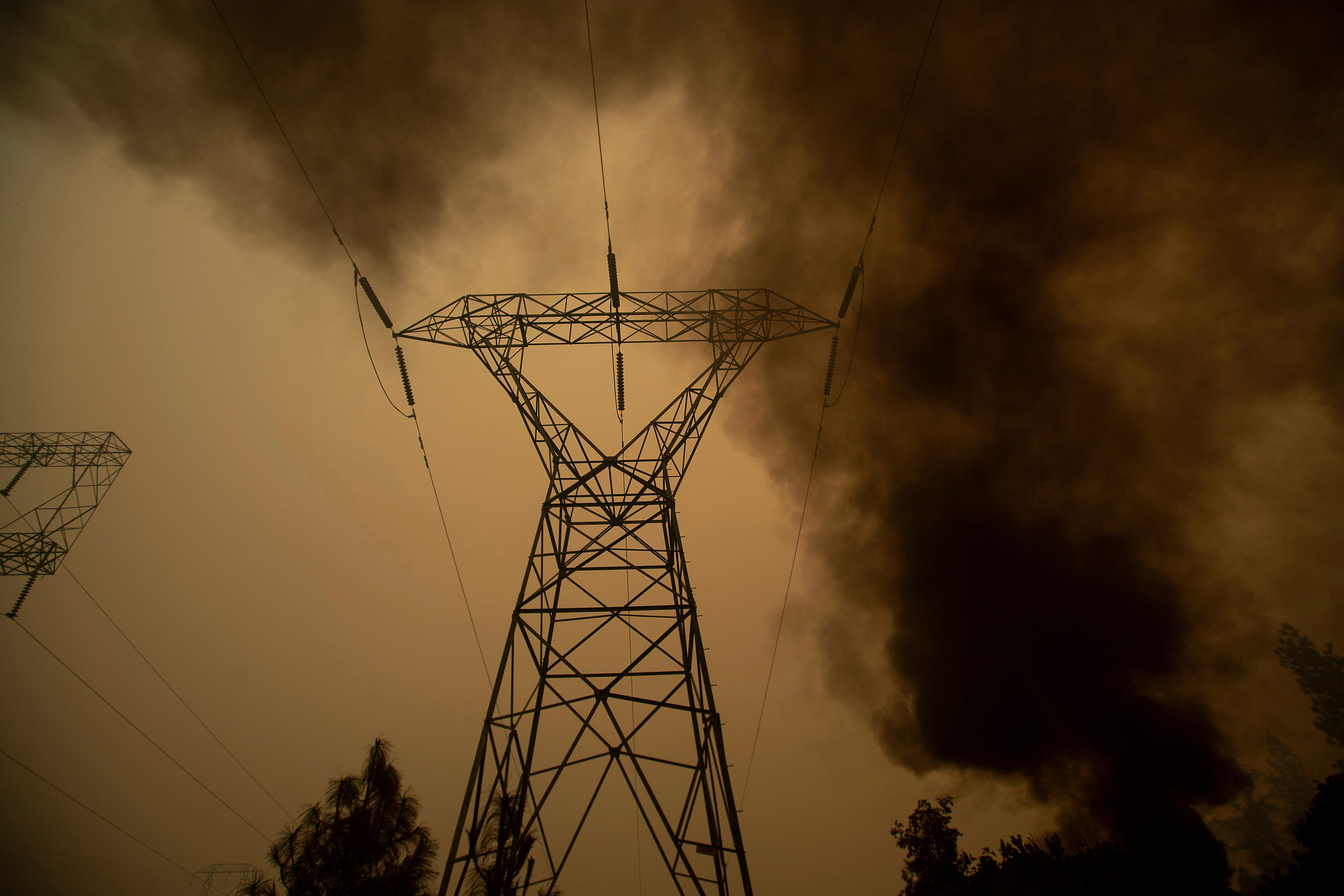 A new round of PGE power outages could put 500,000 Californians in the dark for days