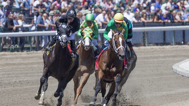 NJ horse racing: State seeks to ban whips, require necropsies; approves $20 million subsidy