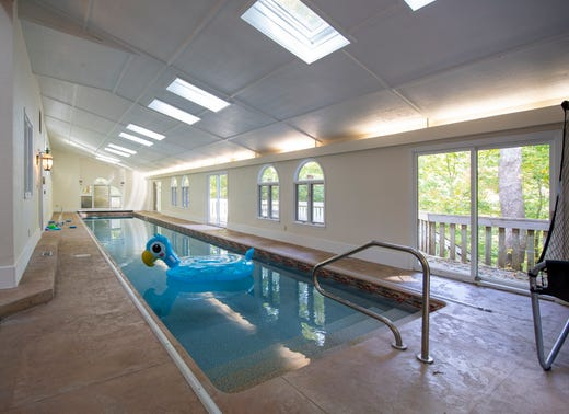 Hot Property Northwestside Home For 410k Has 4 Bedrooms Indoor Pool