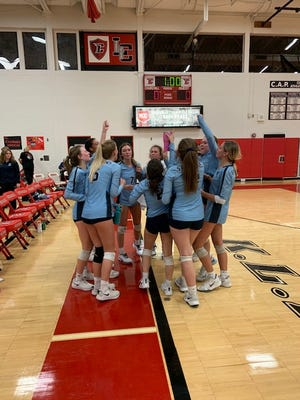 Stevenson volleyball beat Churchill to win the KLAA East Division.