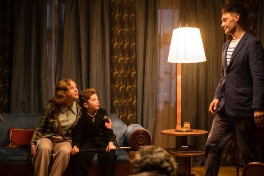 """Taika Waititi directs Scarlett Johansson and Roman Griffin Davis on the set of """"JoJo Rabbit."""""""