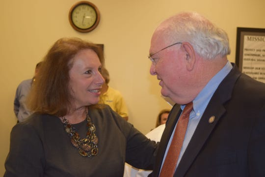 Jefferson County School Superintendent Mariane Arbulu talks to state Sen. Bill Montford.