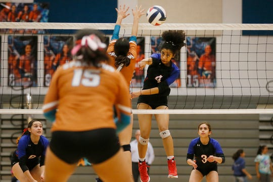 Americas' Kayla Villarreal (4) during the game against Pebble Hills Tuesday, Oct. 22, at Pebble Hills High School in El Paso.