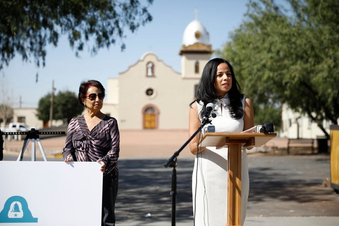 Mission Valley city Rep. Claudia Ordaz Perez announces Wednesday, Oct. 23, 2019, that she is running for the Texas House of Representatives' District 76 seat. Her mother, Martha Ordaz, is at her side.