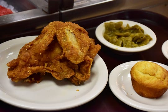 Fried chicken with a side of beans and cornbread make a great lunch.