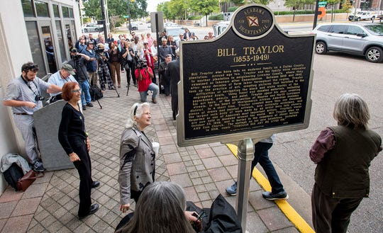 An historic marker honoring artist Bill Traylor is unveiled in downtown Montgomery, Ala., on Thursday October 24, 2019.